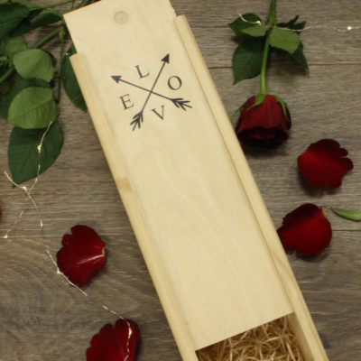 love arrow wine box