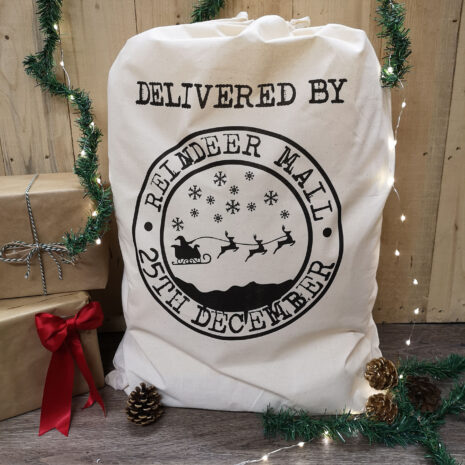 reindeer-mail-sack