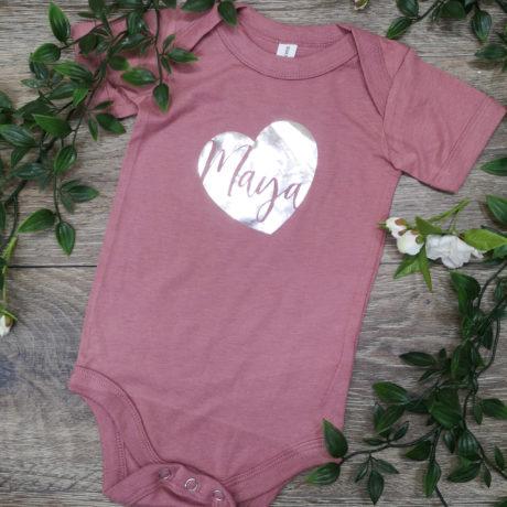 heart-shape-name-baby-vest